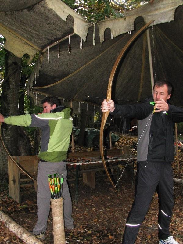 Bogenschießen im Dschungel- & Bogencamp